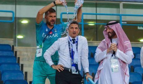 """""""Ce s-a intamplat, BOSS?"""" Razvan Lucescu a intrat la APA dupa triumful cu Al-Hilal. Seicii s-au PRAPADIT de ras!"""