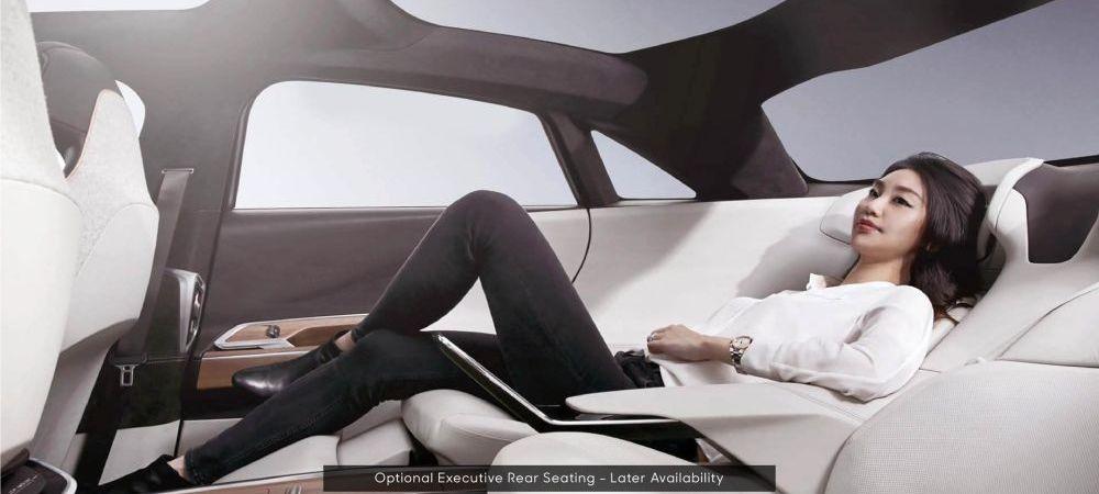 Reincarcare in 20 de minute pentru 480 km autonomie şi electricitate gratis pentru 3 ani! Cine vrea să il bata pe Elon Musk in propria curte