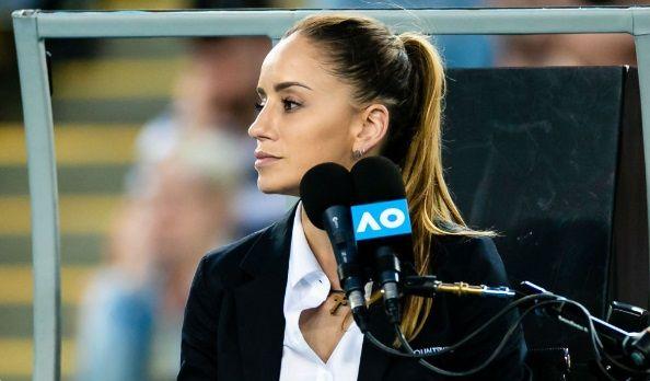 Arbitra Marijana Veljovic l-a