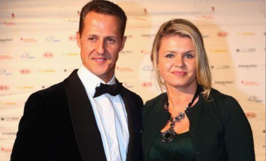 """Ultimele vesti despre Michael Schumacher. Sotia Corinna l-a mutat din Elvetia in Spania. """"Numai 3 persoane il pot vizita. Nu vorbeste, comunica doar cu ochii"""""""