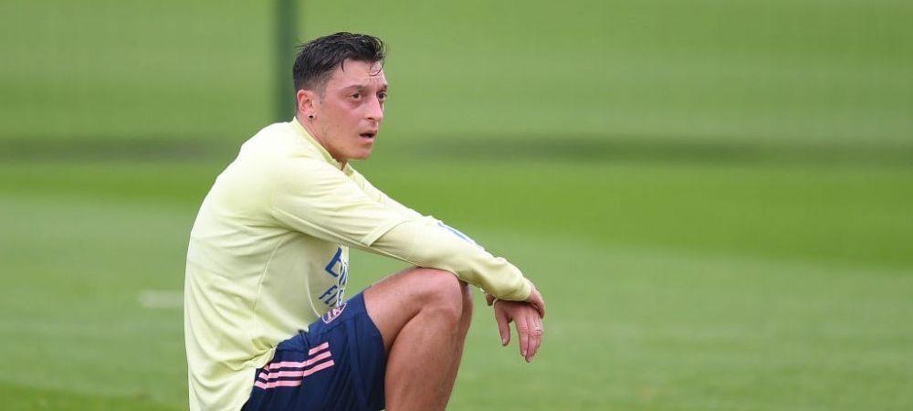 Cariera lui Mesut Ozil la Arsenal s-a incheiat! Mijlocasul german a fost lasat in afara lotului in Premier League