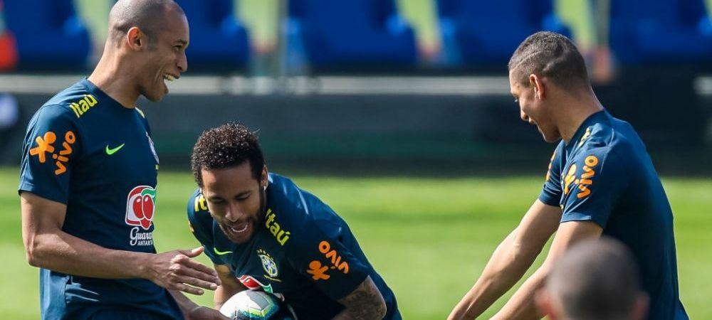 """A primit 10.000 de mesaje in 5 minute dupa o gafa a lui Neymar! Ce a facut brazilianul si cine i-a fost """"victima"""" :)"""