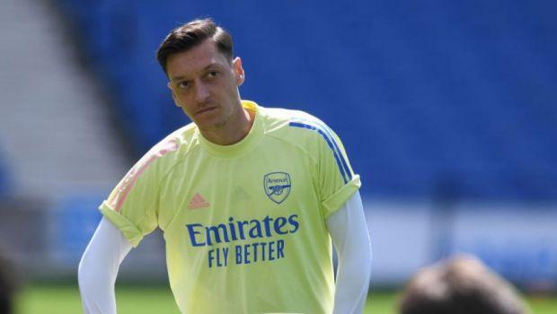 """""""E cel mai mare jucator din era Emirates!"""" Suporterii lui Arsenal au sarit in apararea lui Mesut Ozil! Cum a reactionat fotbalistul"""