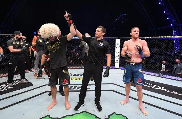 McGregor, mesaj de ultima ora pentru Khabib dupa anuntul ca se RETRAGE din UFC! Nimeni nu se astepta la o asemenea reactie