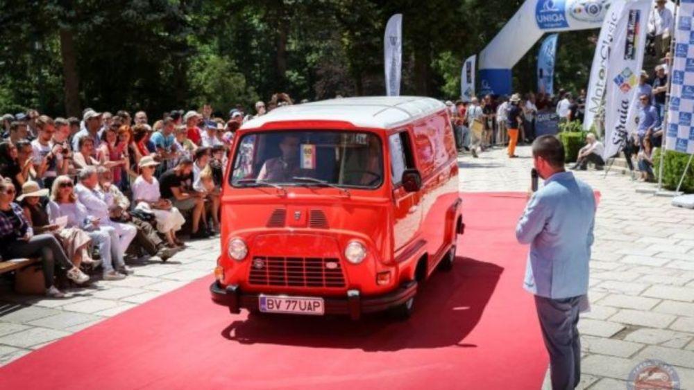 Dacia INTERZISA de Elena Ceausescu! Cea mai rara masina Dacia supravietuieste si azi! Cum arata si cum o poti recunoaste pe strada