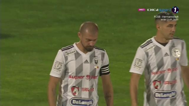 Gabi Tamas a inceput sa DANSEZE pe gazon! Faza geniala pe teren la meciul lui U Cluj cu Mioveni