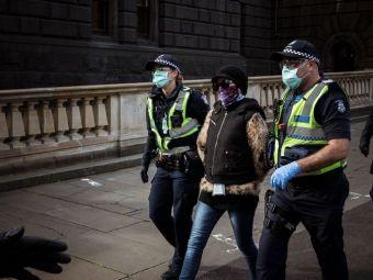 Arestata in plina strada pentru ca nu purta masca! Sase patrule de politie au intervenit pentru a incatusa o femeie: ce s-a intamplat