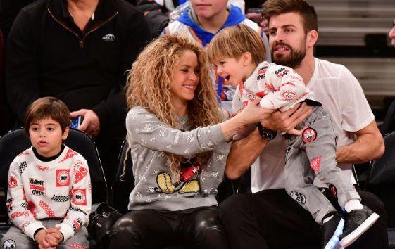 """Familia Pique Mebarak se intregeste!Cantareata Shakira a facut marele anunt: """"E ca o MINGE adorabila!"""""""