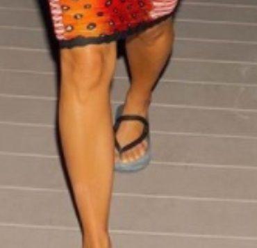Chiar are 6 DEGETE la piciorul stang! Poza cu care Kim Kardashian nu mai lasa loc de DISCUTII. Cum se justifica vedeta