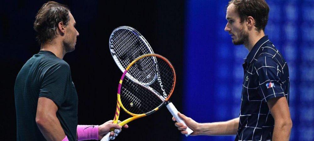 Se preda stafeta in tenisul masculin! Rafael Nadal a servit pentru meci in semifinala cu Medvedev, dar a cedat: Thiem vs. Medvedev este finala Turneului Campionilor 2020
