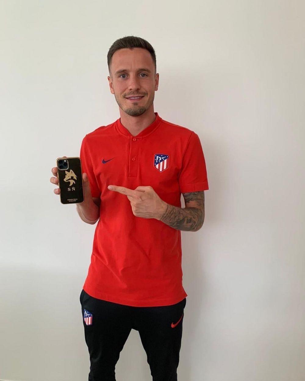 Telefoanele pentru care starurile au aruncat cu bani! Pe ce au platit Neymar, Mbappe sau Messi cate 5 000 de lire