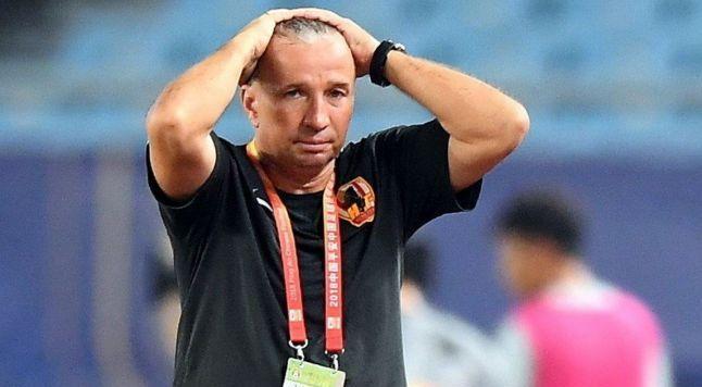Inca un transfer 'din copac' pentru Petrescu! CFR Cluj a adus un jucator ramas fara echipa din iulie! Anuntul clubului