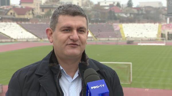 """Aroganta incredibila a lui Balanescu dupa ce a fost INJURAT de zeci de fani in fata casei: """"Erau mai multi suporteri la mine decat avea FCSB!"""""""