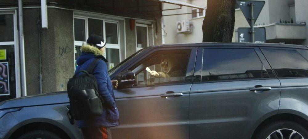 FOTO | Asa tata, asa fiica! Alexandra Becali, gest impresionant pentru un om nevoias: ce suma i-a oferit in plina strada