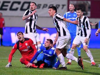 """Noul transfer al FCSB, acuzat in trecut de """"blat"""" cu CFR Cluj! Antrenorul l-a schimbat rapid si s-au certat pe marginea terenului"""