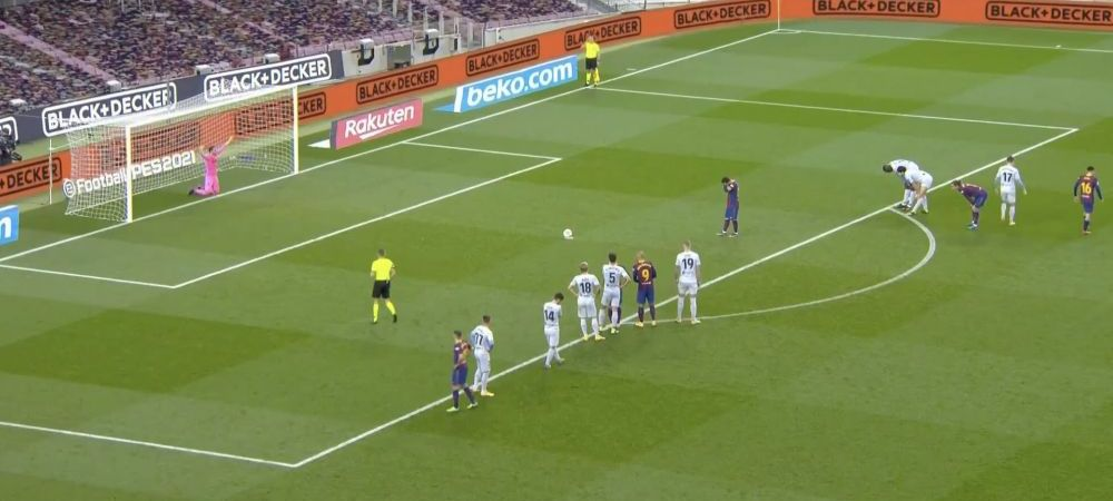 S-a pus in GENUNCHI in fata lui Messi! Moment ULUITOR la penalty-ul Barcelonei! Ce a facut Leo