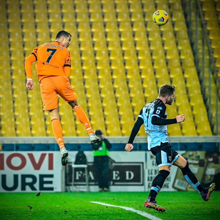 BREAKING NEWS   Gol EXTRATERESTRU RONALDO! A zburat ca un SUPEREROU si a marcat golul vazut acum in toata lumea! Ce a putut sa faca