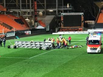 Tragedie in Ligue 1! Un angajat a fost ucis de prabusirea unui corp de iluminat! Atentie, detalii cu puternic impact emotional