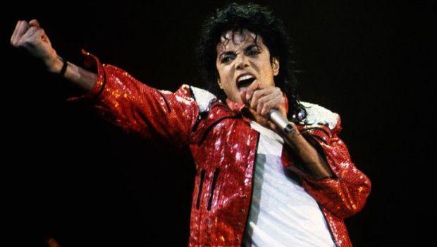 """A fost vanduta cea mai de pret AMINTIRE a lui Michael Jackson. Care e pretul si cine a cumparat-o.""""Regele muzicii pop"""" isi ABANDONASE creatia"""