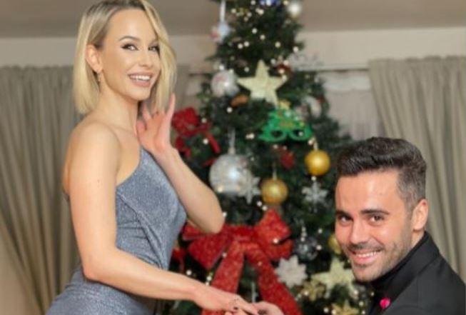 """""""DA! Cel mai special Craciun!"""" Sandra Izbasa, ceruta in casatorie in ziua de Craciun! """"Vom exista impreuna pentru totdeauna"""""""