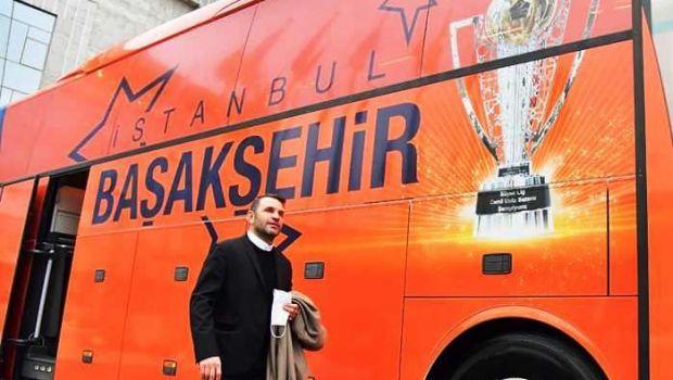 """Antrenorul care i-a numit pe romani """"tigani"""", suspendat cinci meciuri pentru ca a jignit si arbitrii din Turcia"""
