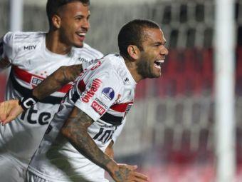 Dani Alves RELOADED! A fost transformat in mijlocas si face SENZATIE in prima liga din Brazilia! Cifre IMPRESIONANTE pentru fostul star al Barcelonei