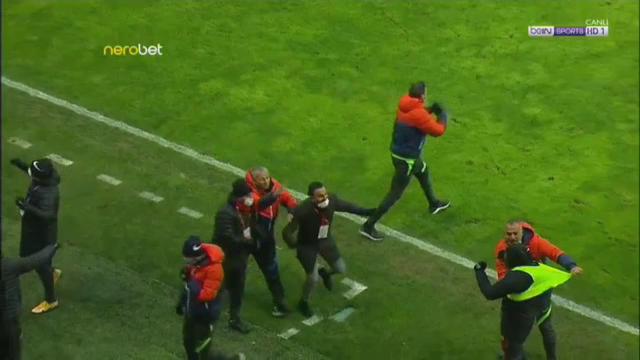 Dan Petrescu si-a iesit din minti la 2-0 pentru Kayserispor! Cum a reactionat dupa accidentarea lui Alibec