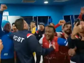 Fericire mare la Botosani dupa victoria cu CFR Cluj! Jucatorii lui Croitoru s-au dezlantuit in vestiar :)