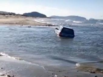 A fost gasit cu masina in valurile marii si nimeni nu intelege cum e posibil. Explicatia halucinanta a soferului