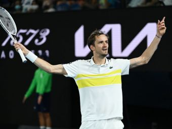 Daniil Medvedev, demonstratie de forta in semifinala cu Stefanos Tsitsipas: Djokovic vs. Medvedev e finala Australian Open 2021! Ce prezice istoricul meciurilor directe