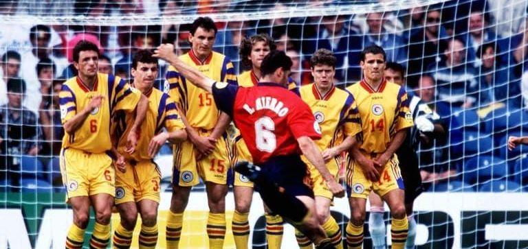 """A fost BLAT la Romania - Spania de la Euro 96?! Declaratii tari Raducioiu: """"Nu vreau sa spun lucruri care pot avea urmari asupra mea!"""" Reactia lui Ilie Dumitrescu: """"Daca-l intrebi inca o data, spune altceva!"""""""