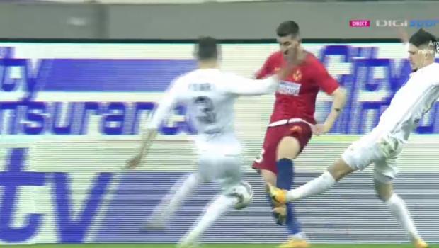 Faza controversata in careul Mediasului! FCSB a cerut penalty dupa un duel intre Ovidiu Popescu si Velisar!