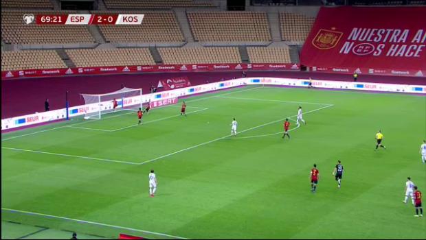 Pana si vedetele de la Barca si Real aplauda asa ceva! Kosovo a marcat un gol magic in fata Spaniei: lob superb de la centrul terenului! Faza care face inconjurul lumii