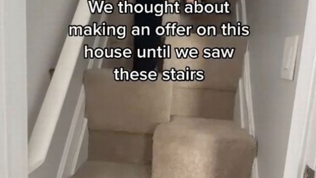 Incredibil! Au luat-o la fuga cand au vazut cum aratau scarile casei pe care voiau sa o cumpere! Au aratat totul la scurt timp dupa