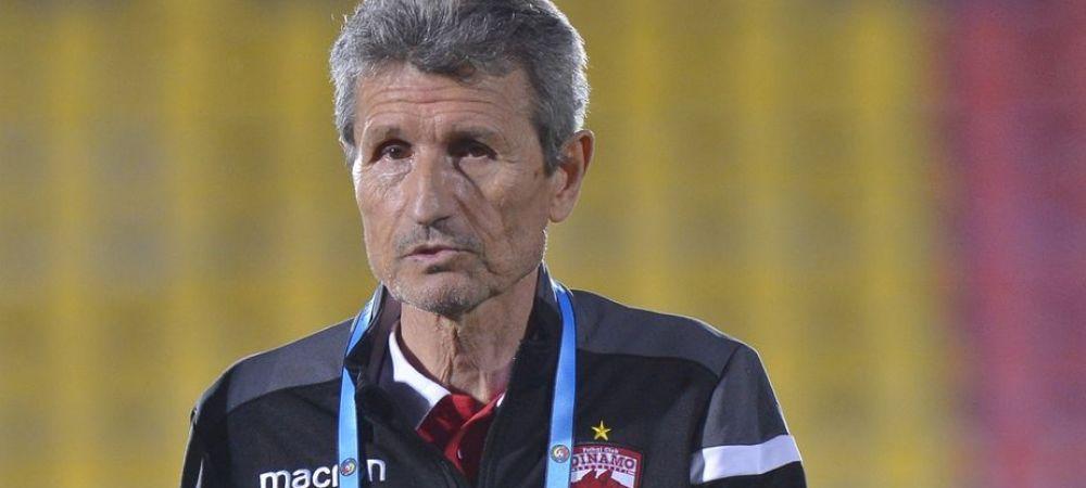 I-au pregatit fanii plecarea lui Multescu dinainte de meciul cu Astra?! Au anuntat numirea lui Uhrin, imediat dupa ce antrenorul si-a dat demisia in direct