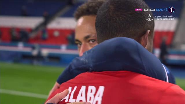 De asta iubim fotbalul! :) Gestul superb facut de Neymar dupa ce a eliminat-o pe Bayern! S-a dus direct la Alaba