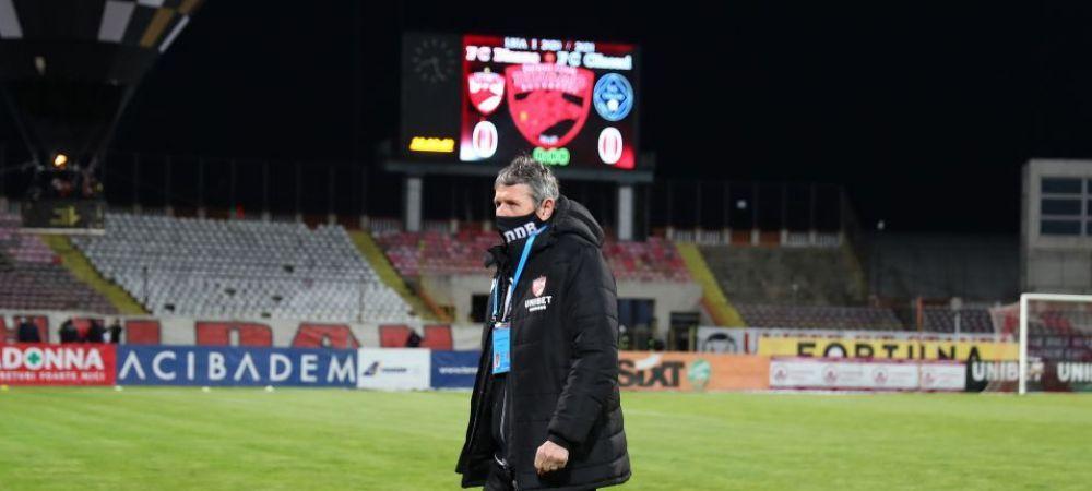"""Dinamo a anuntat oficial despartirea de Multescu! """"Succes, Mister Uhrin!"""" Pe ce perioada a semnat cehul cu echipa din Stefan cel Mare"""