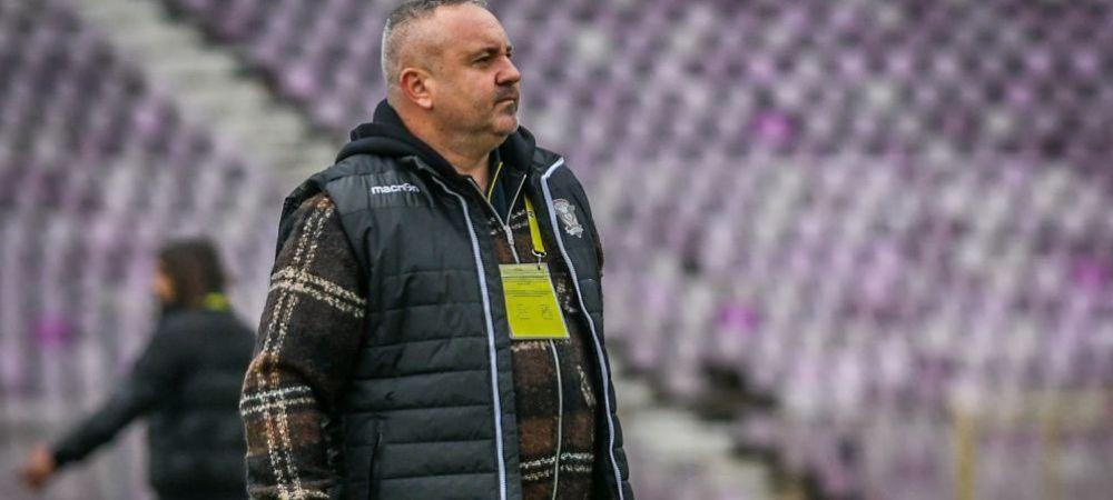 """Pancu, discurs dur dupa ce Rapid a luat bataie la Craiova: """"Echipa asta e in cadere libera. M-a dezgustat jocul!"""" Il inteapa pe Iosif: """"E norocul vietii lui ca e acolo!"""""""