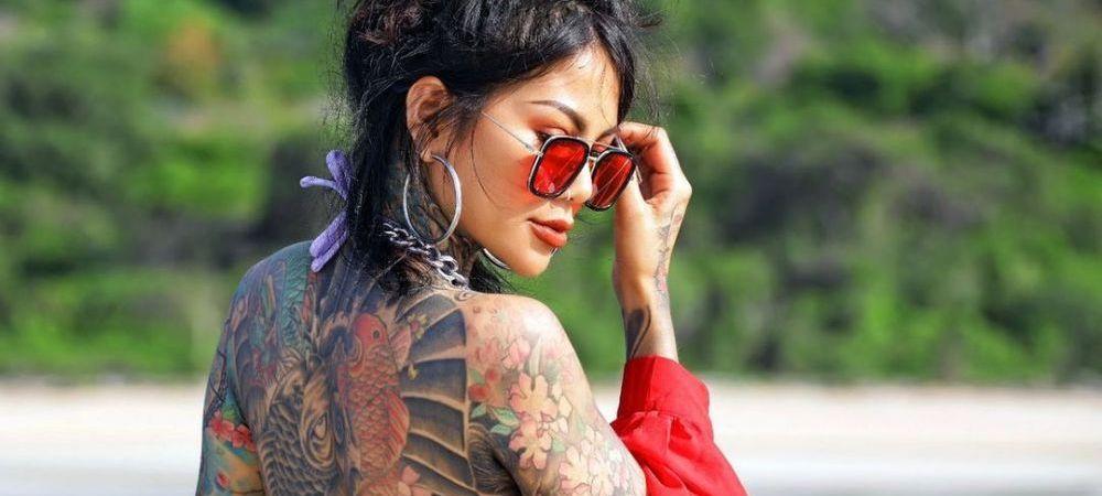 A cheltuit 11 000 de lire pentru a-si acoperi 98% din corp cu tatuaje, iar acum se loveste de critici! Cu cine o confunda oamenii