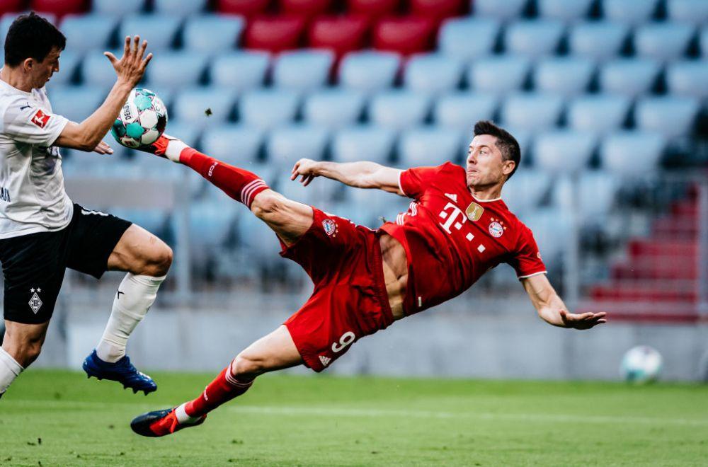 Fa-bu-los! Lewandowski, gol senzational pentru Bayern! E fotbal sau matematica? Doar fotbal sigur nu e! Cum a marcat