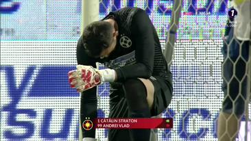 Inca o problema pentru FCSB?! Vlad a fost schimbat de Petrea la pauza meciului cu Clinceni
