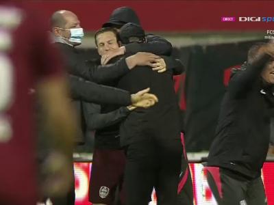Lacrimi, bucurie si urlete de emotie! Ce au facut jucatorii CFR-ului imediat dupa fluierul final de la Botosani. Jucatori prabusiti, Edi a fugit din stadion. Cand se da trofeul