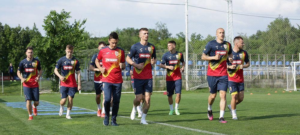 Tricolorii au inceput pregatirile pentru amicalele cu Georgia si Anglia! Primele imagini cu fotbalistii ajunsi in cantonamentul de la Mogosoaia