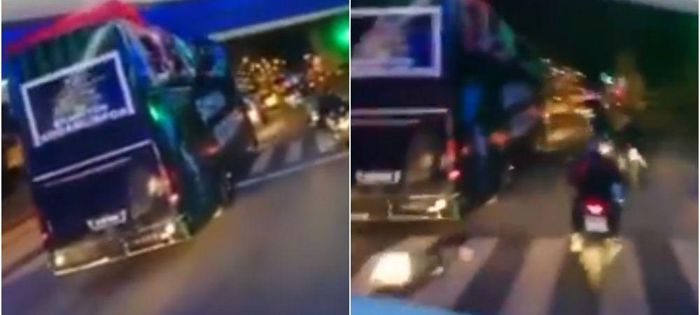 Imagini ireale! Un fotbalist a cazut din autocar in timp ce sarbatorea promovarea echipei sale