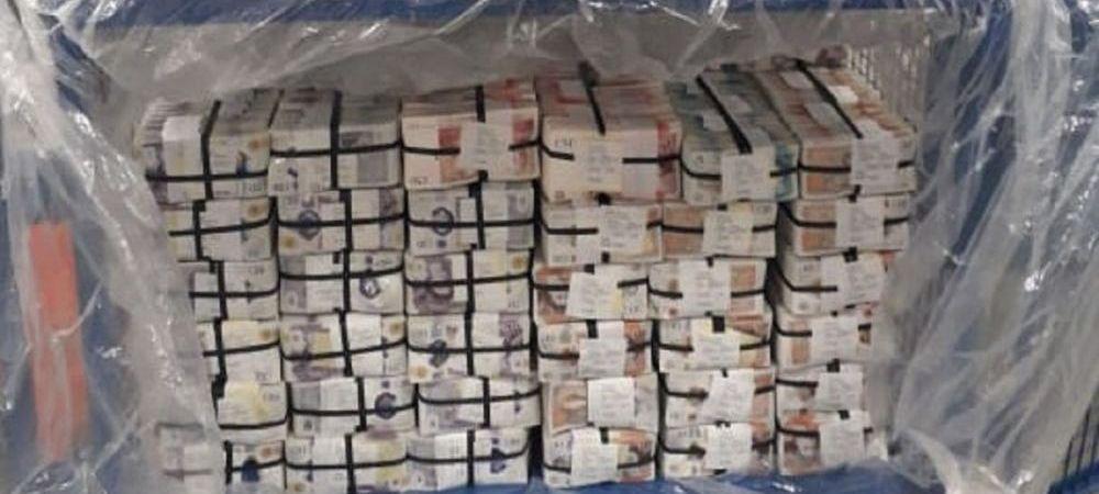 Captura record de bani! Barbatul care a fost prins de politisti dupa ce a furat cinci milioane de lire! Ce l-a dat de gol