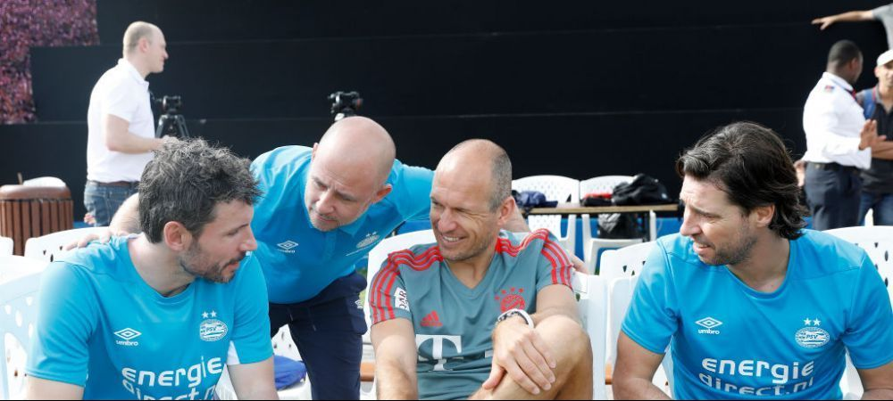 Supriza in Bundesliga! Mark van Bommel a preluat-o pe Wolfsburg si a semnat pentru urmatorii 2 ani