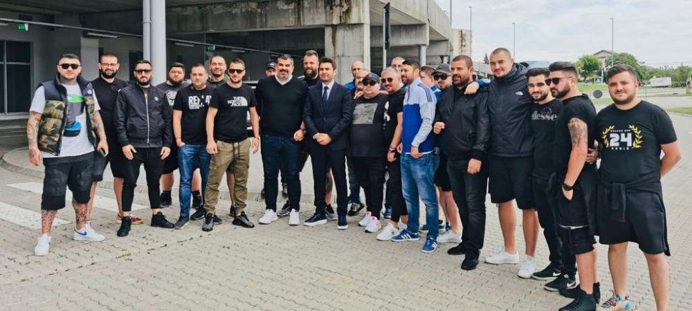 Ultrasii l-au asteptat pe Mutu in fata stadionului din Craiova! Ce s-a intamplat in prima zi a 'Briliantului' la FCU Craiova