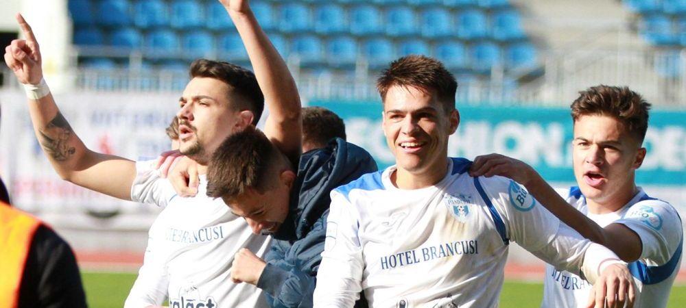 Un nou transfer realizat de CFR Cluj! Campioana a adus un jucator de perspectiva! Fotbalistul dorit de Sepsi si FCU Craiova ajunge pana la urma in Gruia