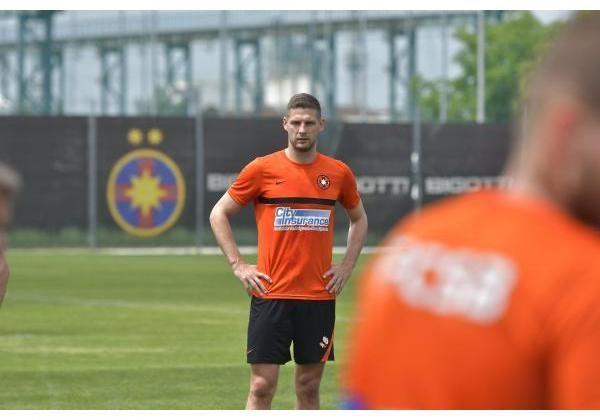FCSB s-a intors la antrenamente! Primele imagini cu Dinu Todoran dupa ce a semnat cu echipa lui Becali