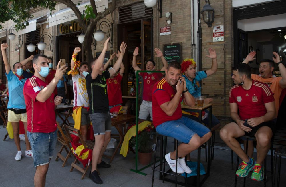 Scandal in Spania inainte de debutul ibericilor la Euro! Suporterii spanioli ameninta cu boicotul daca fotbalistii lui Luis Enrique vor ingenunchea